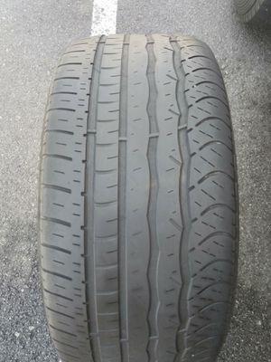 1 Tire Douglas 225/45 R 17 for Sale in Garden Grove, CA
