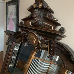 Antique Carved Wood Mirror for Sale in Arlington, VA