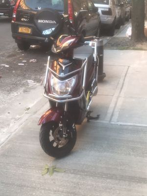 Electric scooter 2020 for Sale in The Bronx, NY