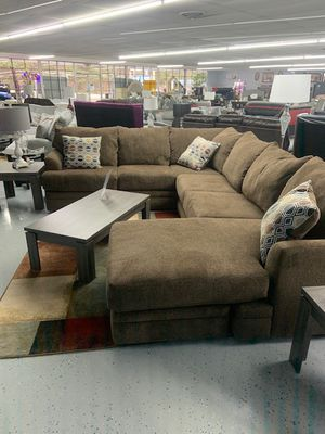 Brown cotton sectional for Sale in Mableton, GA
