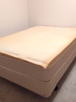 Double-size Mattress With Metal Frame And Mattress Topper for Sale in Seattle,  WA
