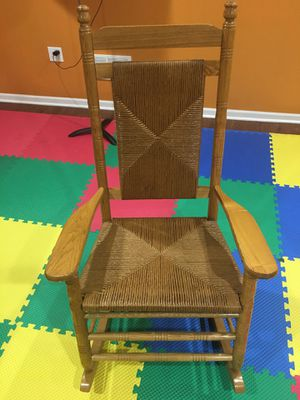Cracker Barrel classic rocking chair for Sale in Franklin, WI