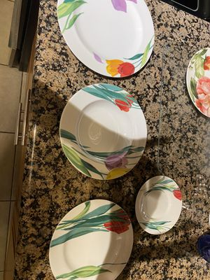 Plate set for Sale in Fort Lauderdale, FL