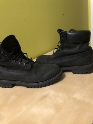 Men's timberland boots size 8.5 for Sale in Lansing, MI
