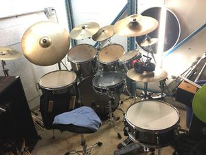 Mapex drum set from 2014 for Sale in Pompano Beach, FL