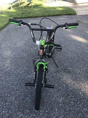 """Boys Razor 20"""" Proseries Freestyle Bike for Sale in Edgemere, MD"""