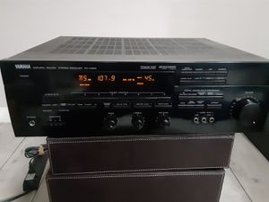 Yamaha RX-V590 Stereo Receiver for Sale in Los Angeles, CA