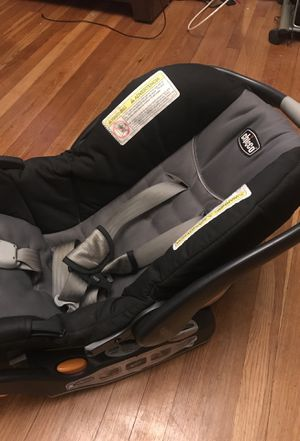 Chico Infant Car Seat for Sale in Boston, MA