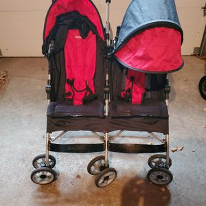 Double Stroller for Sale in Island Lake, IL