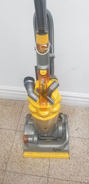 Dyson Vacuum, Shark for Sale in Los Angeles, CA