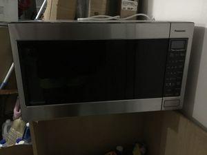 Panasonic Inverter Microwave Oven by Genius Sensor...1250W for Sale in Jacksonville, FL