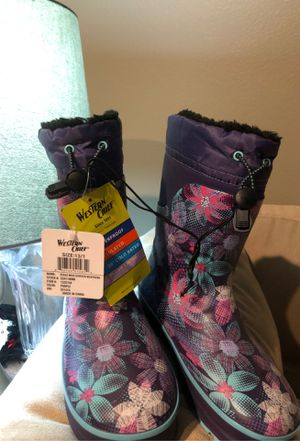 NWT Girls rain boots size13/1 for Sale in Salinas, CA