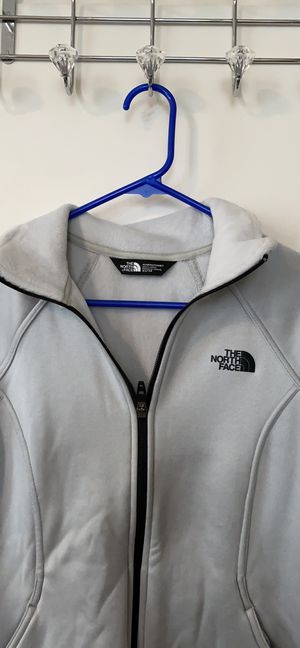 North Face silver active wear jacket for Sale in Chamblee, GA