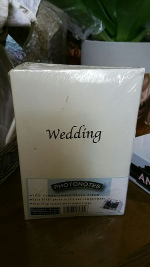 Small wedding photo album for Sale in Clovis, CA