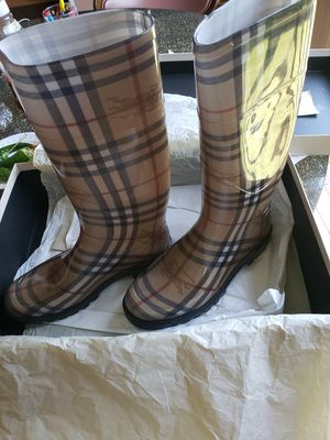 Burberry haymarket womens rain boots size 7.5 US for Sale in Silver Spring, MD