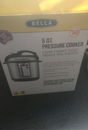 Bella Pressure Cooker for Sale in Toledo, OH