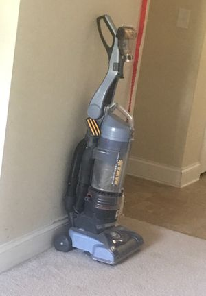 Vacuum cleaner for Sale in Raleigh, NC