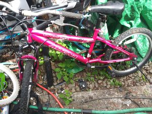 """Bicycles (2) 20"""" mt bike/ bmx for Sale in Portland, OR"""
