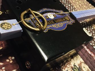 Diddley Bow Cigar Box Guitar for Sale in Pickerington,  OH