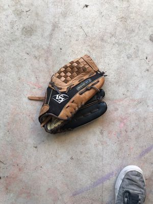 Louisville Slugger baseball glove for Sale in Leander, TX