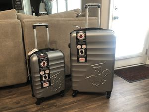 Brand new carry on and 26 tall one for Sale in Blue Springs, MO