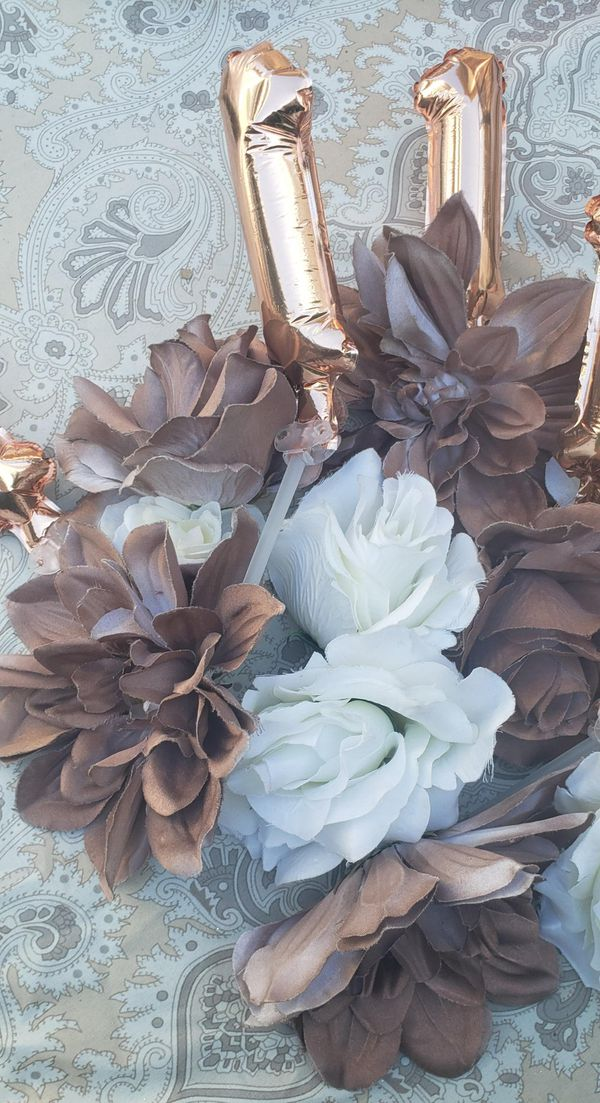 Fake rose gold and white flowers
