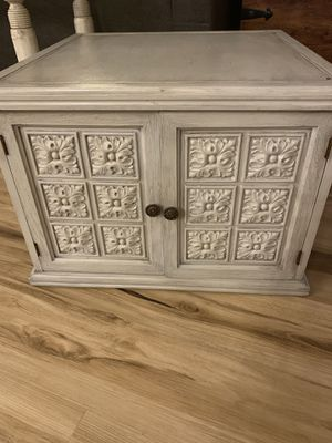 Side Table/ coffee Table / storage for Sale in Duvall, WA
