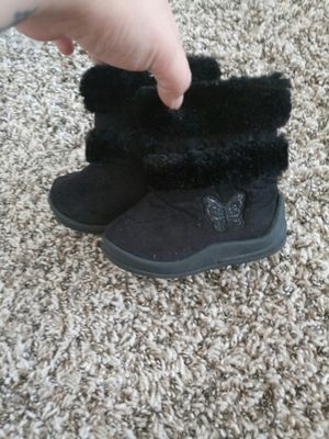 Girls winter boots for Sale in Grovetown, GA