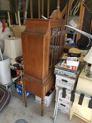 Antique China Hutch for Sale in San Marcos, CA