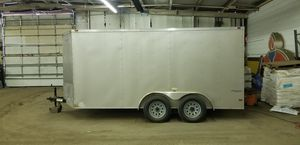 Enclosed trailer like new for Sale in Aurora, IL