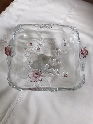 Glass footed fruit tray for Sale in Buena Park, CA