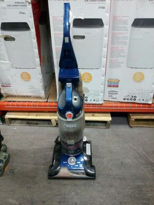 Vacuum Hoover Windtunnel Pro for Sale in Miami, FL