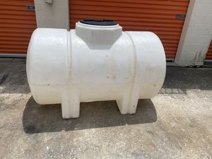 Water tank 325 gallons for Sale in Friendswood, TX