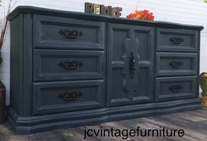 Beautiful shabby chic bedroom dresser/buffet/tv cabinet/credenza for Sale in Colton, CA