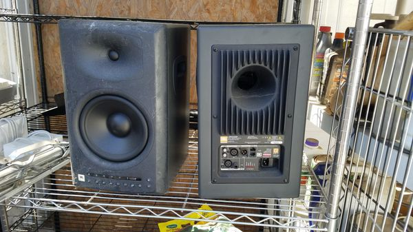 JBL LSR4328P Pro Audio Speakers
