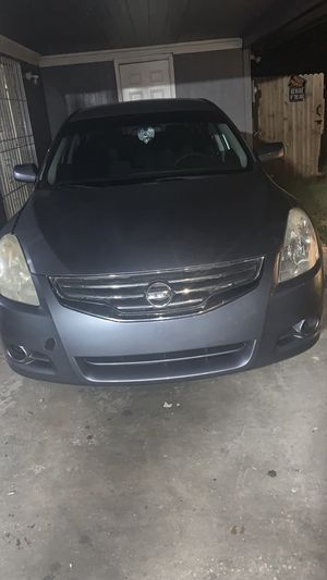 2012 nissan altima 2000 for Sale in Tampa, FL