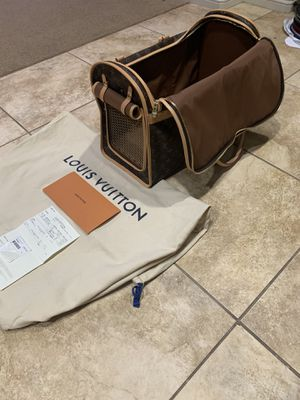 Louis Vuitton Dog Carrier 50 for Sale in Chino Hills, CA