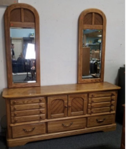 Dual Mirror Vanity/Dresser **Delivery Available** for Sale in Tacoma,  WA