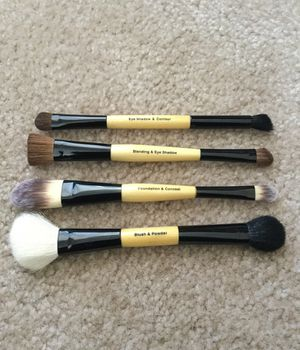 Makeup Brushes - Essence of Beauty Deluxe Duo Set for Sale in Arlington, VA