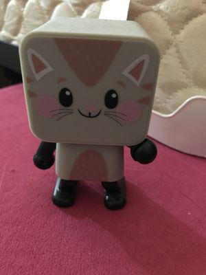 Wireless dancing cat Bluetooth speaker for Sale in Lewisville, NC