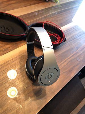 Silver Beats Studio's WIRED for Sale in Garden City, MI