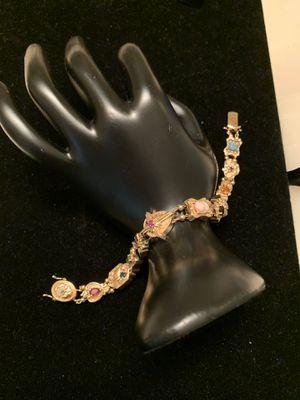 Beautiful Ladies 14K Gold Bracelet for Sale in Bethesda, MD