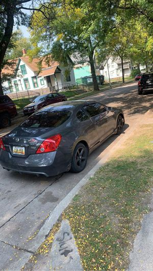 nissan altima coupe for Sale in Milwaukee, WI