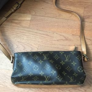 vintage louis vuitton crossbody bag for Sale in Franconia, VA