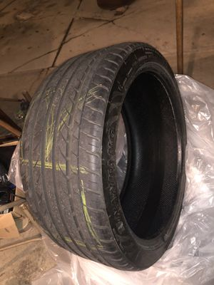 275/35/20 tires for Sale in Justice, IL