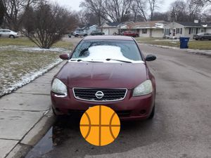 2005 Nissan altima. 4 cylinder. 156,000 miles for Sale in Aurora, IL