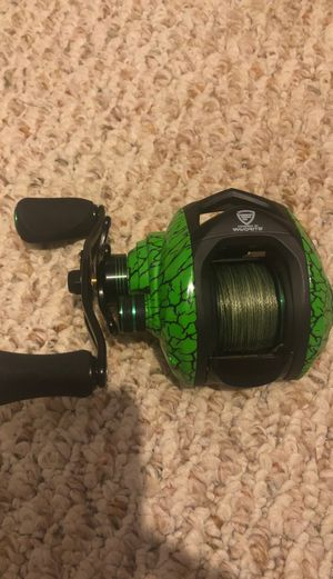 Favorite fishing bait casting reel perfectly good shape only a week or two old for Sale in Frederick, MD