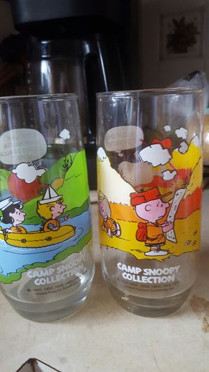 Set of 2 vintage camp snoopy collection glasses for Sale in Levittown, PA