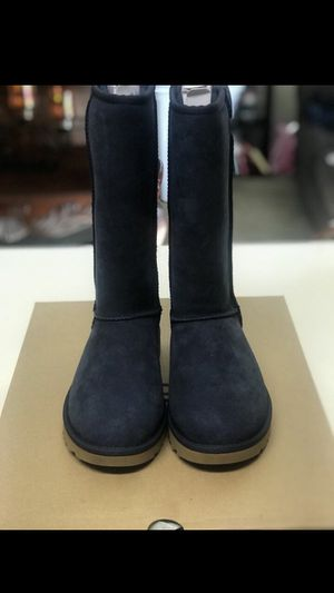 BRAND NEW UGGS IN THE BOX for Sale in Stockton, CA