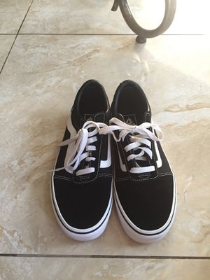 Vans size 9 1/2 for Sale in Houston, TX